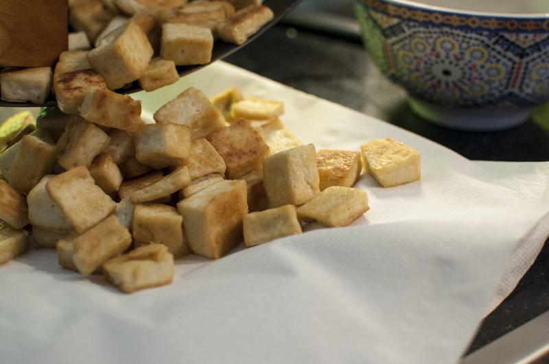 Tofu auf Papier